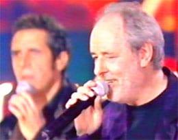 Maxime Le Forestier et Julien Clerc dans un show télévisé de TF1